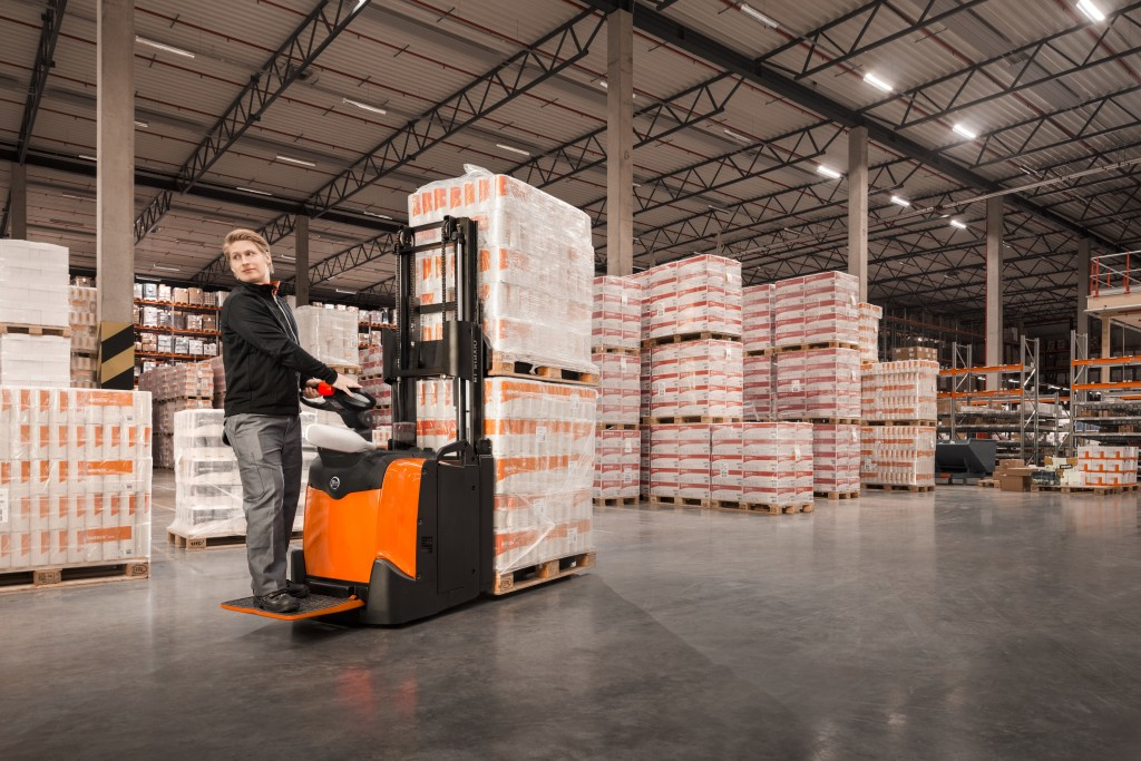Piaţa echipamentelor de depozitare rămâne stabilă și competitivă
