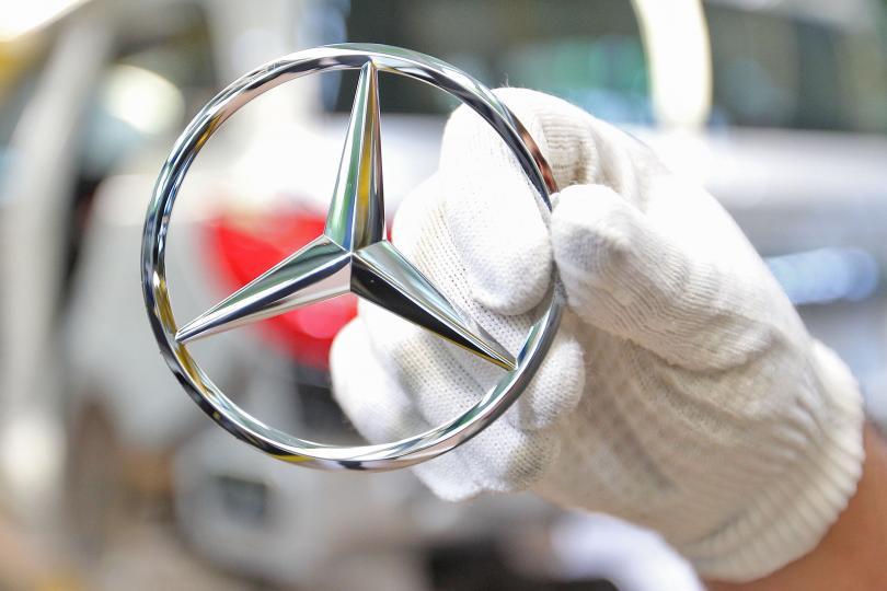Polonia atrage prima investiție Daimler