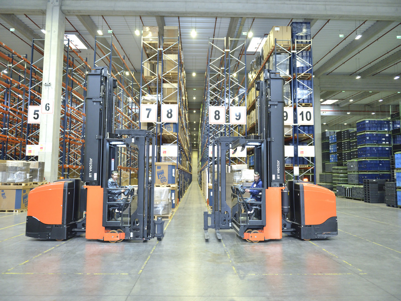 INTERNATIONAL ALEXANDER, logistică direct în fabricile clienţilor