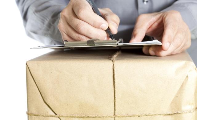 Datele de livrare incomplete sau eronate, principalele motive pentru care coletele se întorc în depozit