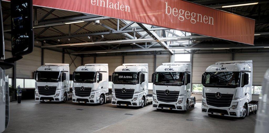 150 de camioane Mercedes Actros intră în flota Ekol România
