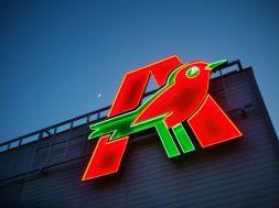 Auchan extinde parteneriatul cu Posta Romana pentru livrari la domiciliu