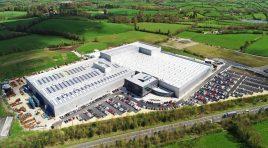 Acasă la Combilift. Cum arată una dintre cele mai moderne fabrici din Irlanda?