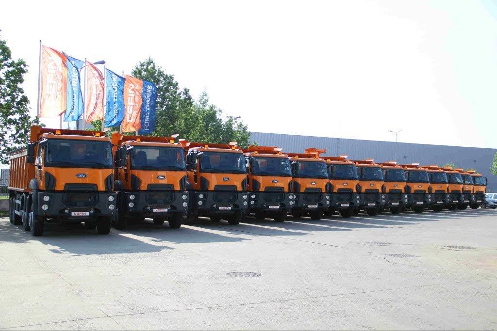 103 autobasculante Ford Trucks intră în flota CNAIR