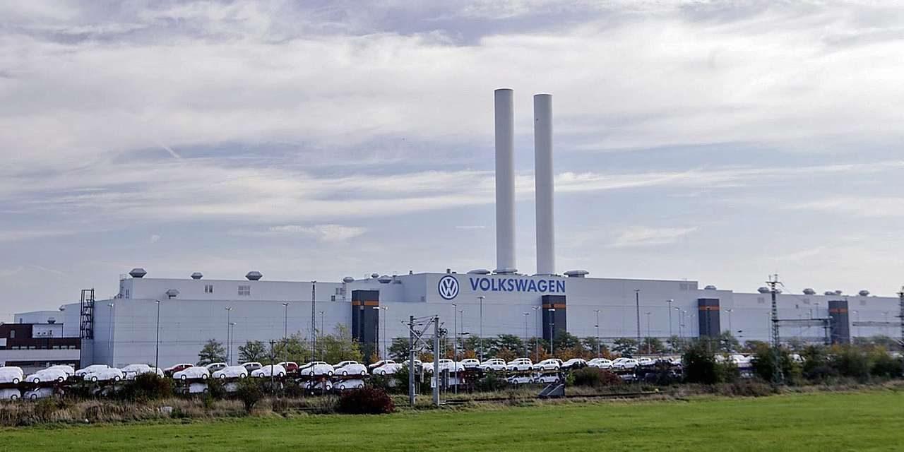 Volkswagen va construi o nouă fabrică în Europa de Est