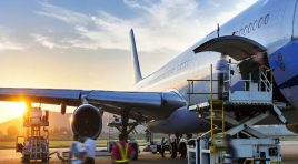 Vânt din faţă pentru transportul aerian de mărfuri