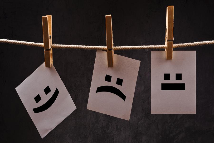 """Cum ne ajută emoţiile în afaceri? Interviu cu Eyal Winter, autorul best seller-ului """"How to feel smart: Why our emotions are more rational than you think"""""""