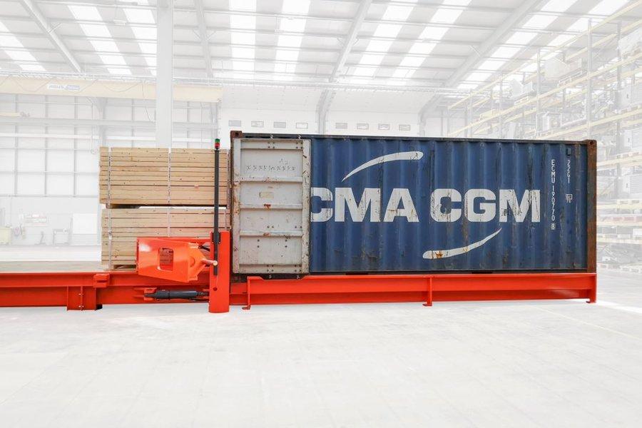 Cum încarci un container în șase minute?