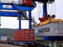 Maersk a lansat un serviciu de transport combinat intre Asia si Europa