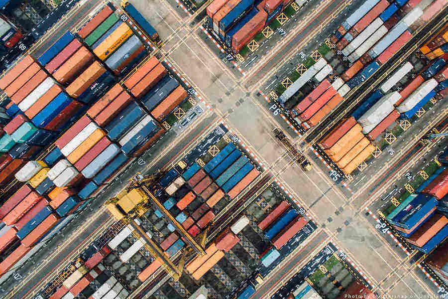 UE semnează un acord comercial cu Singapore, cel mai mare partener din Asia de Sud-Est