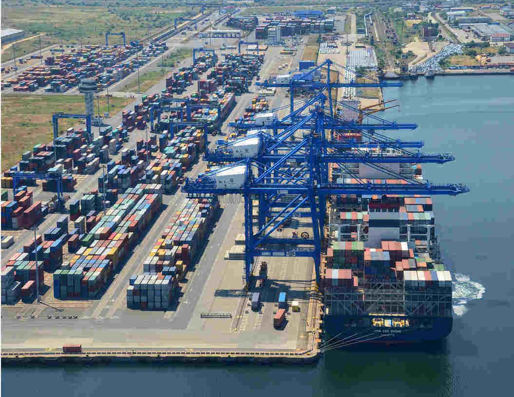 Trafic de mărfuri record în porturile românești în 2019