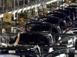 In 2019, Daci si Ford au produs oeste 490.000 masini in Romania