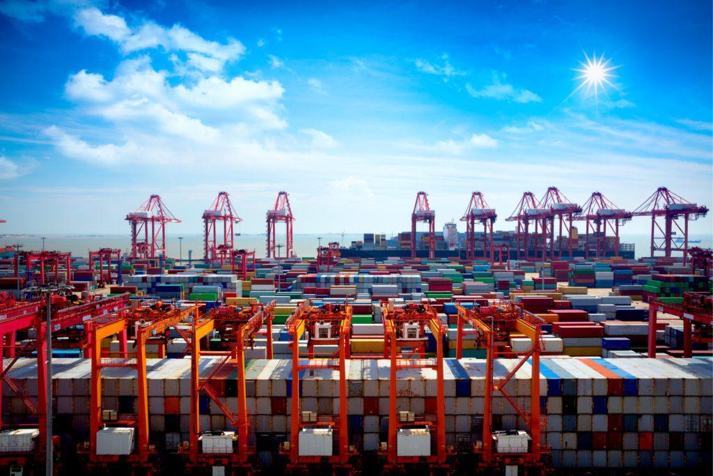 Liniile maritime renunță la creșterile de navlu maritim pentru containerele reefer din porturile chinezești