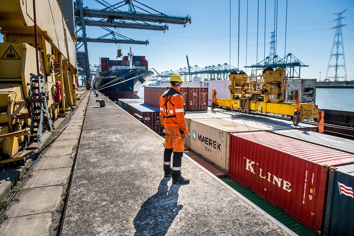 Impact COVID-19: Portul Antwerp este 100% operațional