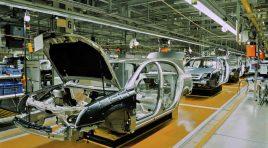 Renault va disponibiliza 15.000 de oameni