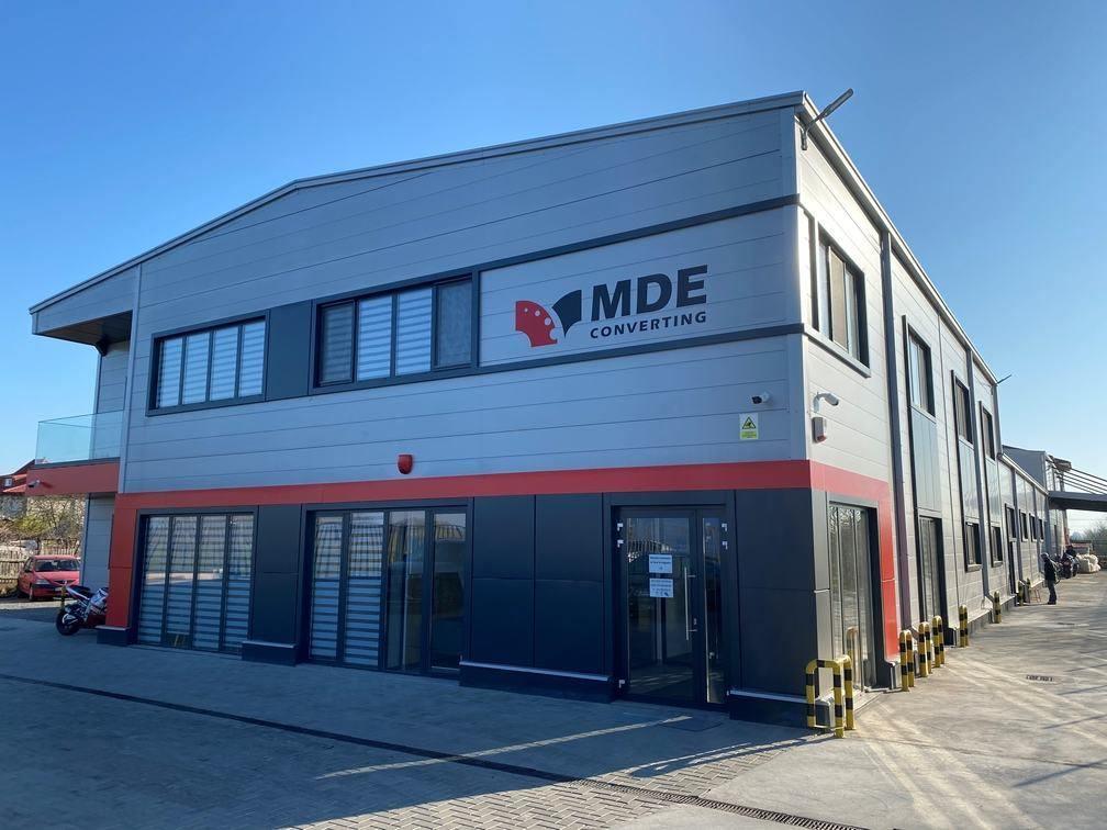 MDE Converting produce săptămânal 75.000 viziere la fabrica din Oltenița