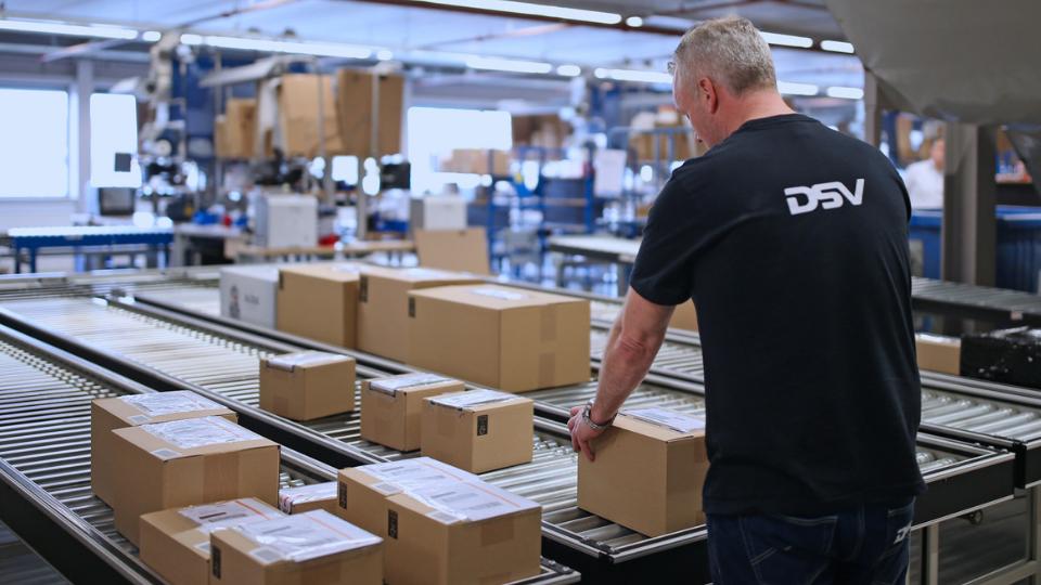 DSV lansează o soluție e-commerce pentru companiile medii