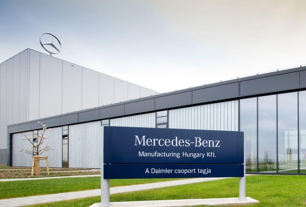 Mercedes-Benz începe producția unui vehicul electric la fabrica din Kecskemét, Ungaria
