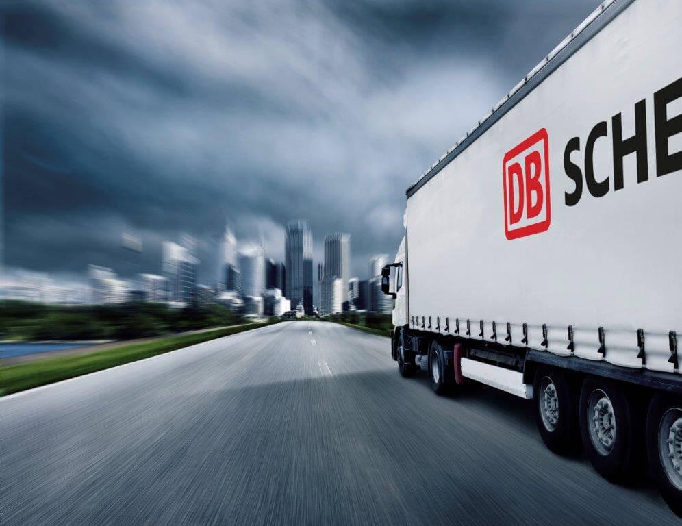 DB Schenker suspendă temporar serviciile de transport rutier către Marea Britanie