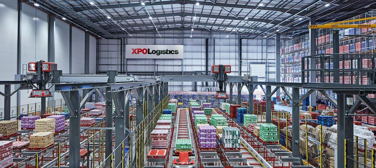 Cum arată depozitul viitorului? Nestlé și XPO Logistics au inaugurat primul centru de distribuție digitalizat din Marea Britanie