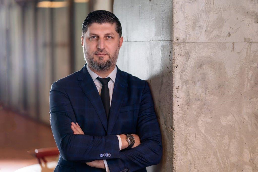 Laurenţiu Duică, Senior Vice President Avison Young România: Clienţii au nevoie de valoarea adăugată pe care o aduce un consultant cu experienţă