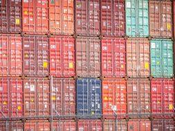 Transport maritim: impactul congestionării porturilor din sudul Chinei îl depășește pe cel al blocării Canalului Suez
