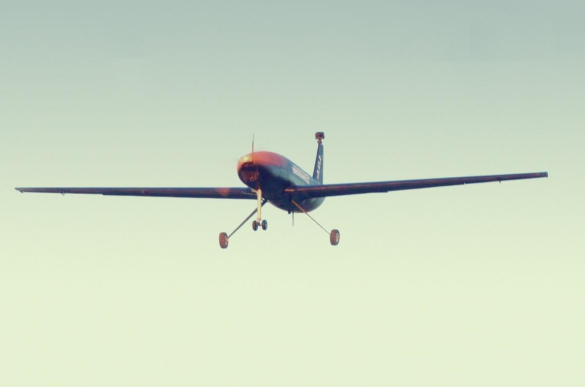 Viitorul în transportul de marfă: Hellmann Worldwide Logistics și DRONAMICS demarează livrarea cu drone în Europa din 2022