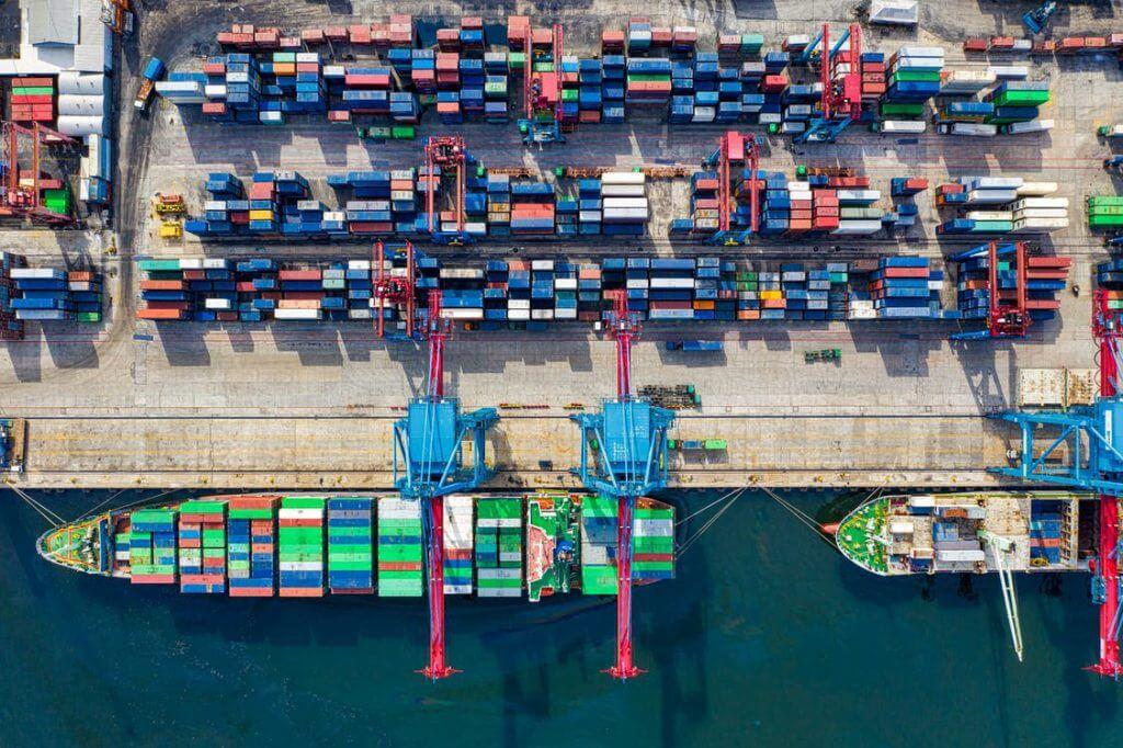 În 2021 liniile maritime ar putea avea profituri de 100 de miliarde de dolari
