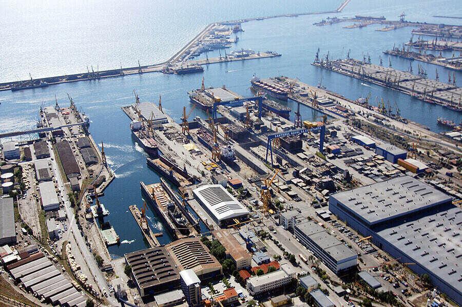 ROTRAC SA, unul dintre cei mai vechi operatori portuari din România, are noi acționari